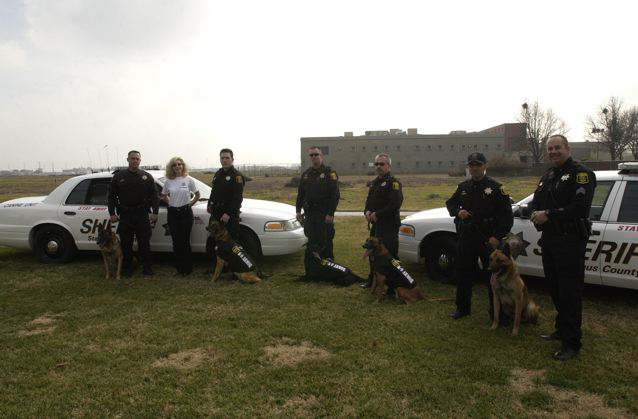 Stanislaus Sheriff K-9 Team and Suzanne, Co-Founder of K-9 Armor